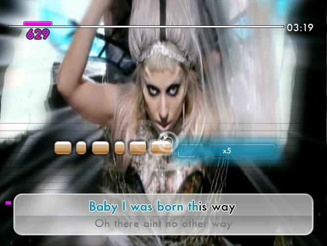 Lady Gaga mischt als einziger Künstler mit zwei Liedern mit.