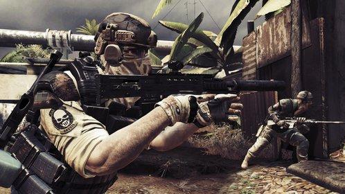Die Ghosts sehen martialisch aus, gehen aber weit vorsichtiger vor als ihre Kollegen aus Call of Duty.