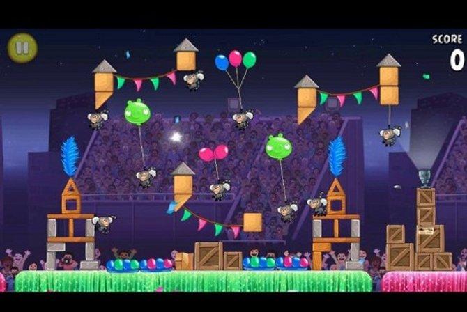 Angry Birds Rio: Dieses Mal geht es nicht Schweinen, sondern Affen an den Kragen.