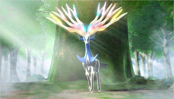 Das legendäre Pokémon Xerneas wartet auf euch.