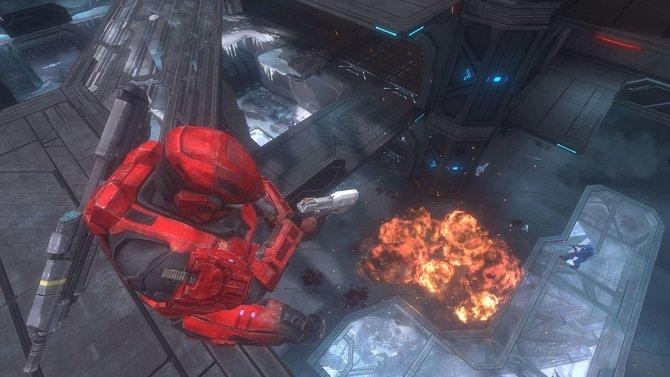 """Halo: Combat Evolved Anniversary ist grafisch komplett überarbeitet. Im Bild: Die Mehrspieler-Karte """"Solitary"""". (Anniversary)"""