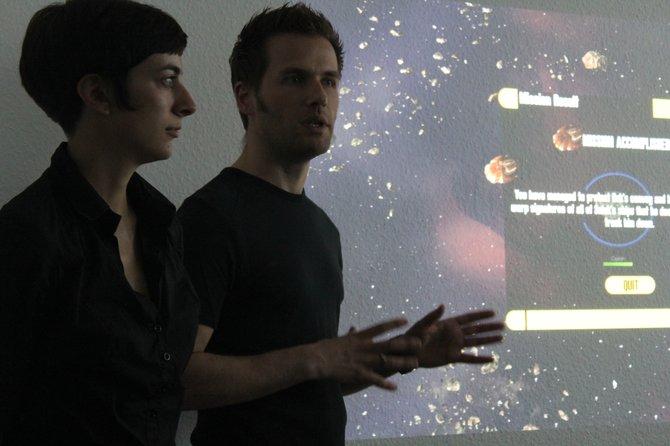 Produzentin Sarah Steffen und Kreativchef Antony Christoulakis von Entwickler keen erklären das ...