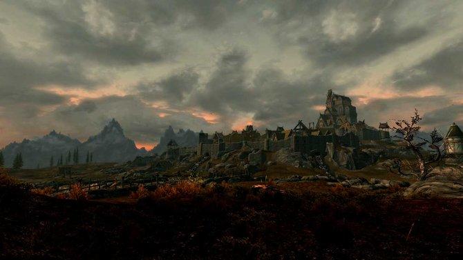 Viele Burgen, Städte und Schmieden hat Skyrim ...