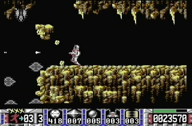 Turrican ist ein weiterer Klassiker von Manfred Trenz. Auf dem C64 erscheint das Ballerspiel zum ersten Mal.