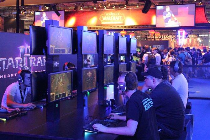 In Messehalle 6 durften Besucher den Mehrspieler-Modus von Heart of the Swarm spielen. Wem die lange Wartezeit auf ...