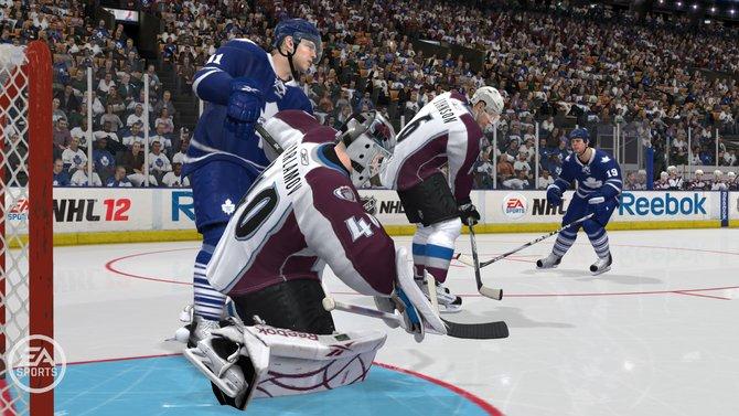 Die Torhüter können erstmalig in der NHL-Serie umgerempelt werden.
