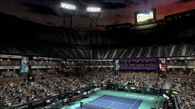 Ganz großes Tennis auf bekannten Plätzen.