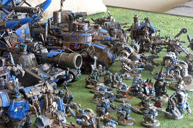 Warhammer 40.000 ist ursprünglich ein Strategiespiel mit Miniaturen.