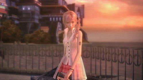 In Final Fantasy 13 gehört Serah noch zu den Nebenfiguren. Ein Stigma auf ihrem linken Oberarm brandmarkt sie als Pulse-L'Cie, was sie zur Feindin von Cocoon macht.
