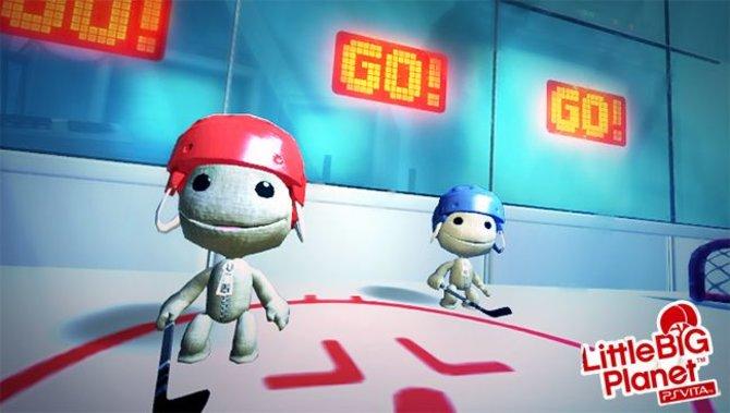 Zwei Sackboys beim Eishockey? Bei Little Big Planet gibt es so viele Gestaltungsmöglichkeiten, dass euch nichts mehr wundern darf.