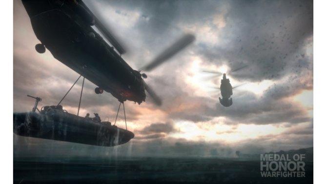 Mit dem Hubschrauber geht es ins Einsatzgebiet