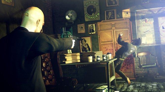 In Hitman - Absolution schlüpft ihr in die Rolle von Agent 47. Der glatzköpfige Attentäter mit ...