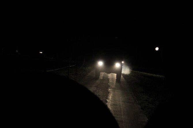 """Mit Militär-Jeeps werden die Teilnehmer der """"Halo Experience"""" abtransportiert."""