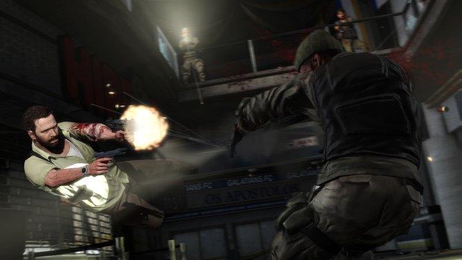 Wie in alten Zeiten: Max Payne erledigt im Sprung Gegner mit zwei Pistolen.