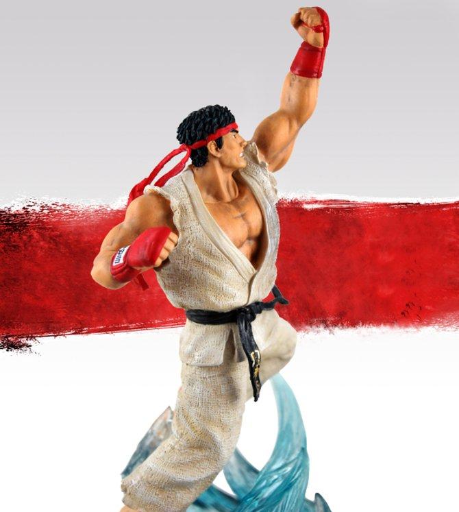 Ryu kommt in einer kämpferischen Pose daher.