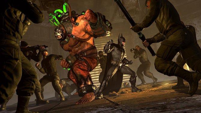 Batman hat viele Gegner. Links Bane, in der Mitte Mr. ...