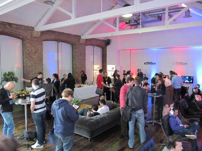 Im stilvollen Spring House lädt Activision mitten in London zu einer Vorveranstaltung der Spielemesse E3. Kollegen aus ganz ...