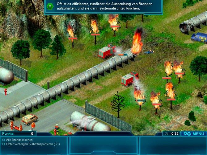 Bei der brennenden Öl-Leitung löscht ihr nicht nur Bäume, sondern kühlt auch Tanks.
