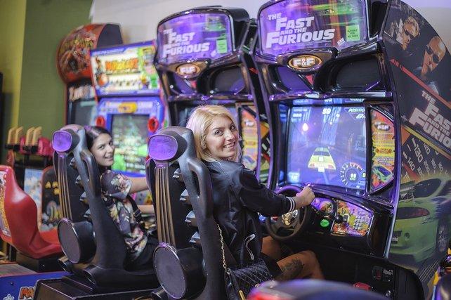 Bei uns so gut wie ausgestorben, in Japan immer noch sehr beliebt: Arcade-Maschinen.