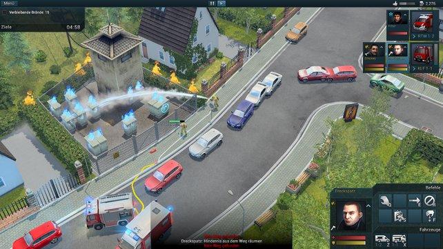 Nur in Rescue 2: Beim heiklen Brandeinsatz gibt es einen Stau rücksichtsloser Computerfahrer.