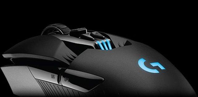 Sie leuchtet! Das bedeutet, sie ist eine richtige Gaming-Maus.