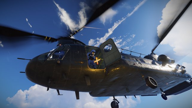 Den Patrouillie-Helikopter in Rust bezwingt ihr nur mit viel Munition.