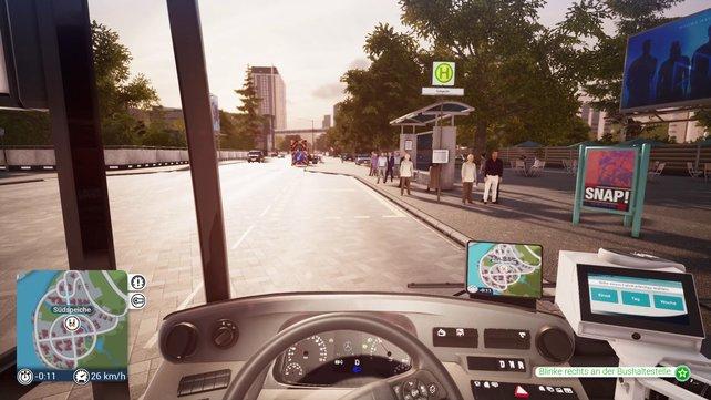 Der Bus Simulator lässt sich mit Controller und mit Lenkrad gleichermaßen bedienen.