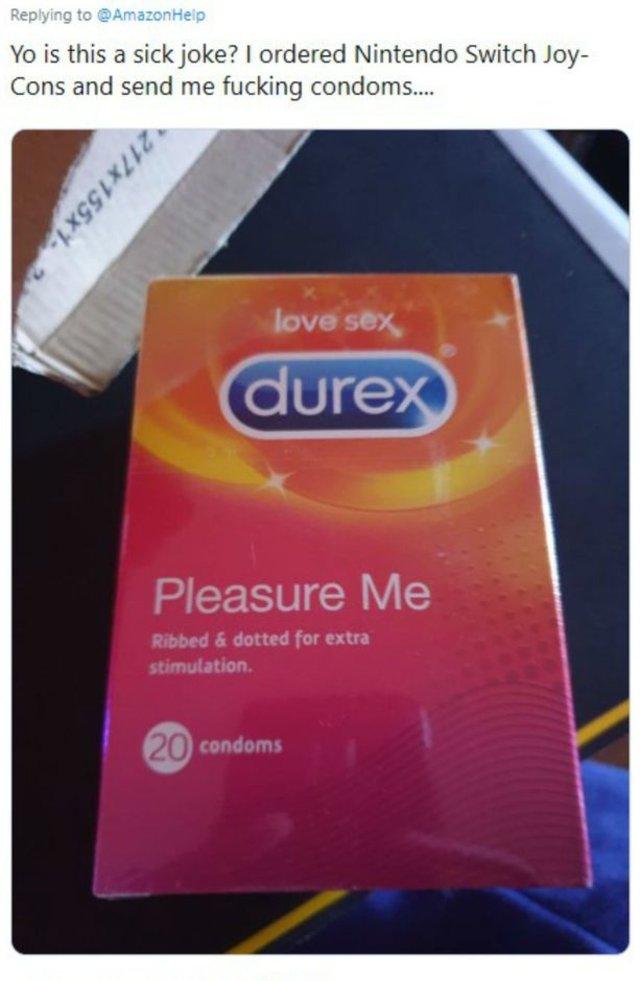 """condoms"" statt Joy-Cons - Ob da jemand sehr schlampig gelesen hat?"