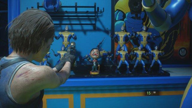 Die Charlie-Figuren sind Maskottchen des Spielzeugladens Toy Uncle, in dem selbstverständlich auf eine Figur platziert wurde.