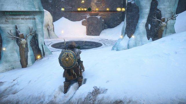 Wollt ihr Gunnlöd treffen, müsst ihr den Zugang zu ihrer Grotte finden. Schaut von Osten durch die beiden Steine.