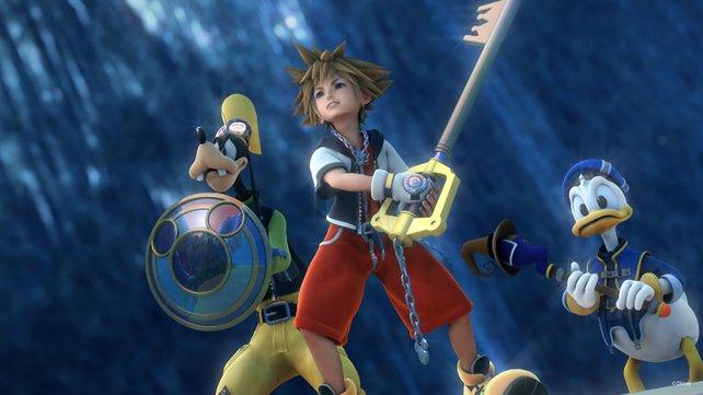 Da schauen Donald und Goofy doof aus der Wäsche: Soras Keyblade ist der Schlüssel zum Erfolg von Kingdom Hearts.