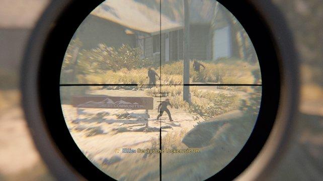 Übt den Umgang mit dem Zielfernrohr und lernt den Fall der Kugel einzuberechnen und auszugleichen.