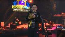 Pokal für Turniersieger zerfällt bei Siegerehrung