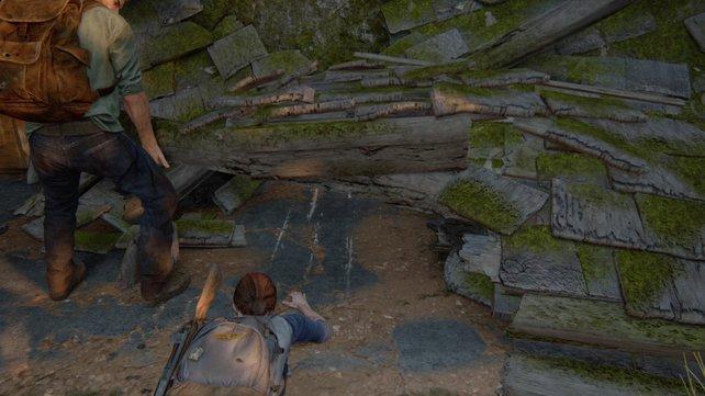 Kriecht unter den Schutt hindurch und wendet euch nach links, um hier von Innen die Tür des Hotels zu öffnen und Joel einzulassen.
