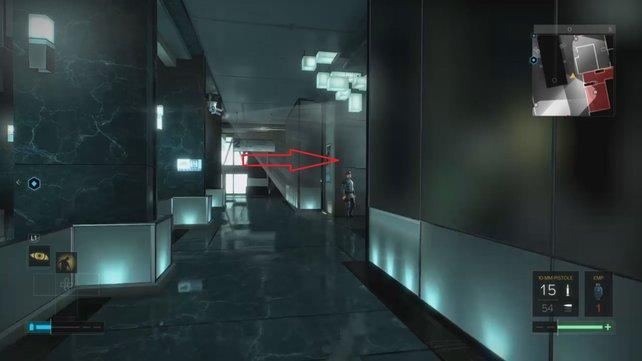 Folgt dem Pfeil, um zum Fahrstuhl zu gelangen.