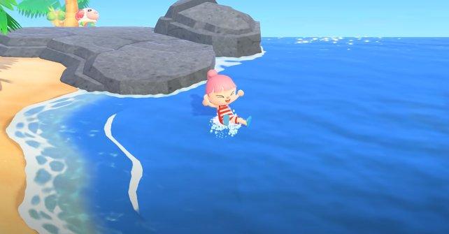Schnappt euch einen Taucheranzug und geht entspannt im Meer schwimmen.