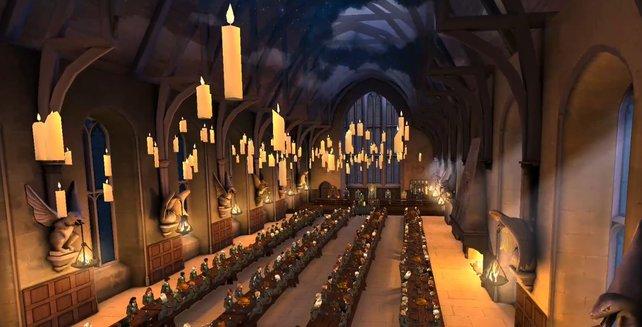 In der Großen Halle könnt ihr Speisen mit Freunden zu euch nehmen und nett plaudern. In Hogsmeade geht es stattdessen mit einem leckeren Butterbier voran.