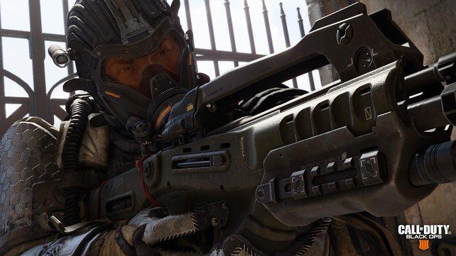 Allzeit bereit: In CoD - Black Ops 4 ist eure Waffe stets im Anschlag.