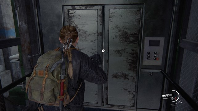 Nachdem ihr euch durch das Parkhaus gekämpft habt, müsst ihr auf deas Vordach des Nebengebäudes springenund hier die Fahrstuhltür öffnen.