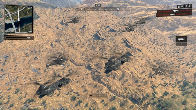 Die Hubschrauber-Flotte fliegt quer über das Areal. Wann ihr aussteigt, bleibt euch über.