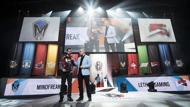 """Groß: Das E-Sport-Turnier """"Six Invitational"""" fand in Montréal statt. Es war der Abschluss des ersten Jahres und der Auftakt für Jahr zwei."""