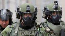 <span></span> Sechzehnjähriger hetzt Swat-Teams auf über zwanzig Spielerinnen
