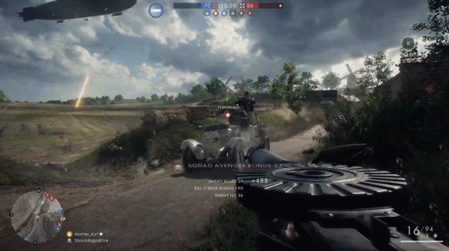 Leicht gepanzertes Auto mit MG-Schützen