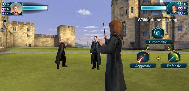 In HP: Hogwarts Mystery gibt es verschiedene Wege, wie ihr ein Duell bestreiten könnt. Im Schul-Duell und dem Duellierklub solltet ihr jeweils verschieden vorgehen.