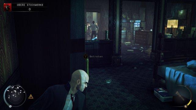 In dem Zimmer könnt ihr die Schlüsselkarte mopsen.