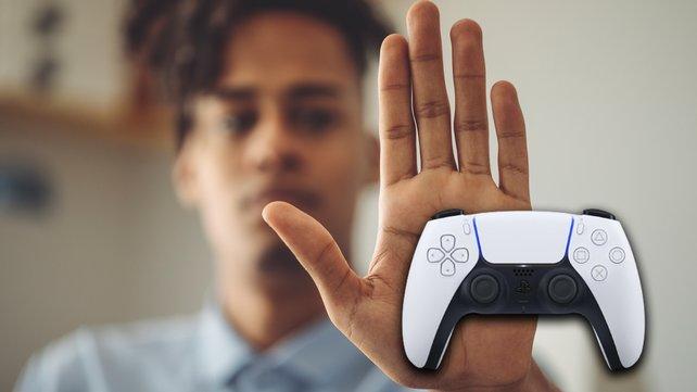Ein neues Sprach-Chat-Feature der PS5 sorgt für Aufsehen. Sony setzt damit ein erfreuliches Zeichen. (Bildquelle: GettyImages/Eva-Katalin, Sony.)
