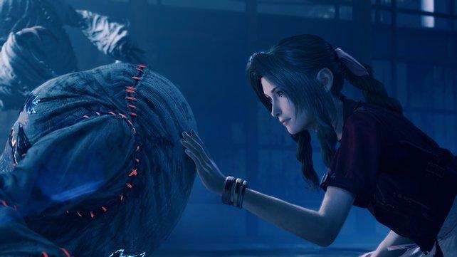 Final Fantasy 7 Remake erhält die Essenz des Originals, nämlich tief emotionale und tiefgründige Momente, und setzt sie gekonnt in Szene.