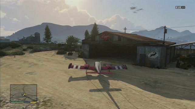 """Die Mission endet mit dem """"Einparken"""" des Flugzeugs in die Halle."""