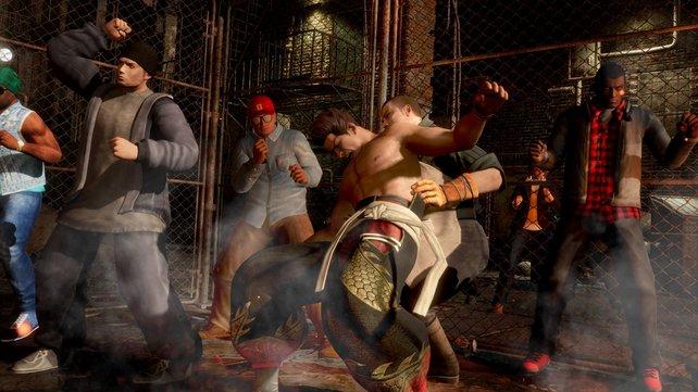 Wird ein Kämpfer in die Zuschauer gestoßen, befördern sie ihn umgehend wieder zurück in den Ring.