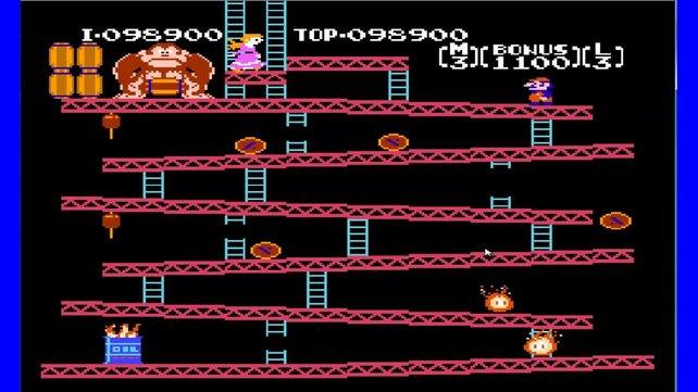 In Donkey Kong spielt ihr Jumpman, einen übergewichtigen Zimmerman, der später einmal Mario werden sollte.